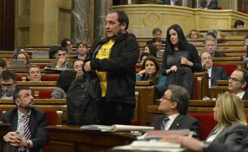 Fernàndez i Vallet abandonen l'hemicicle