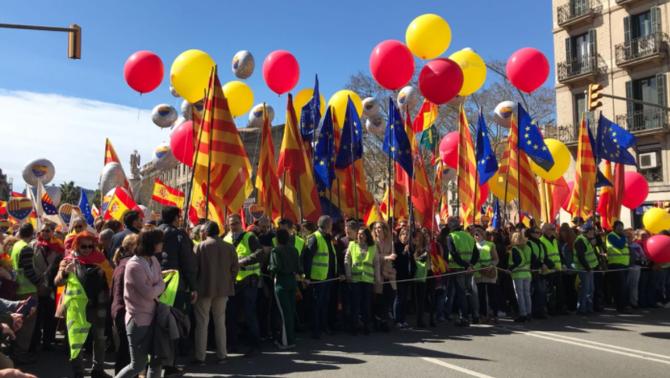 Manifestació Societat Civil Catalana