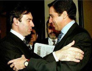 Zaplana i Pedro J se saluden, l'any 97