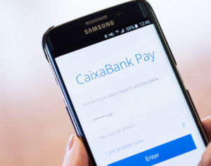 Caixabank és líder en pagament mòbil