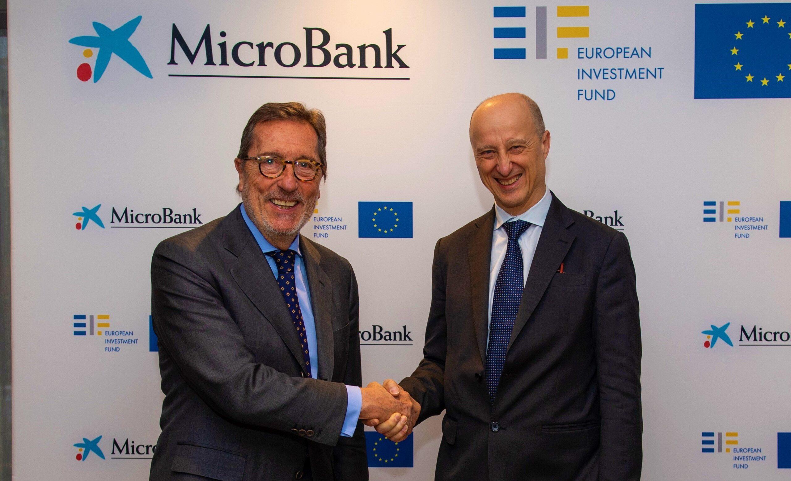 Antonio Vila, presidente de MicroBank, y Alessandro Tappi, Director General de Inversiones del FEI