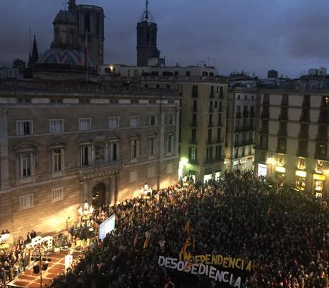 Concentració a la plaça Sant Jaume