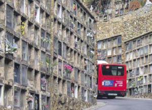 cementiri bus
