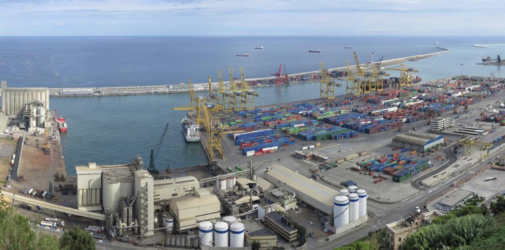 port barcelona des de montjuic