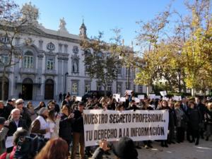 Concentració en defensa del secret professional dels periodistes