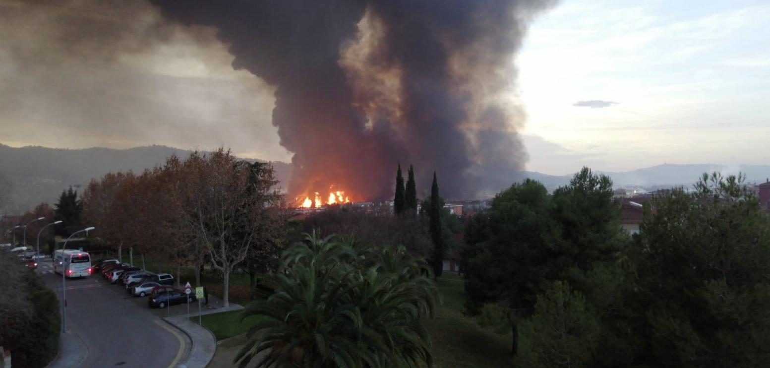 El incendio de la planta de Montornès