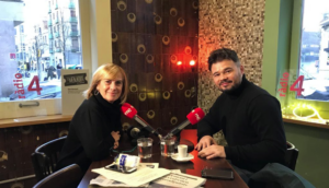 Gabriel Rufián, amb la periodista Gemma Nierga