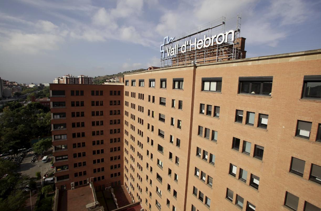 El acceso de acompañantes al Hospital del Valle de Hebrón se ha limitado