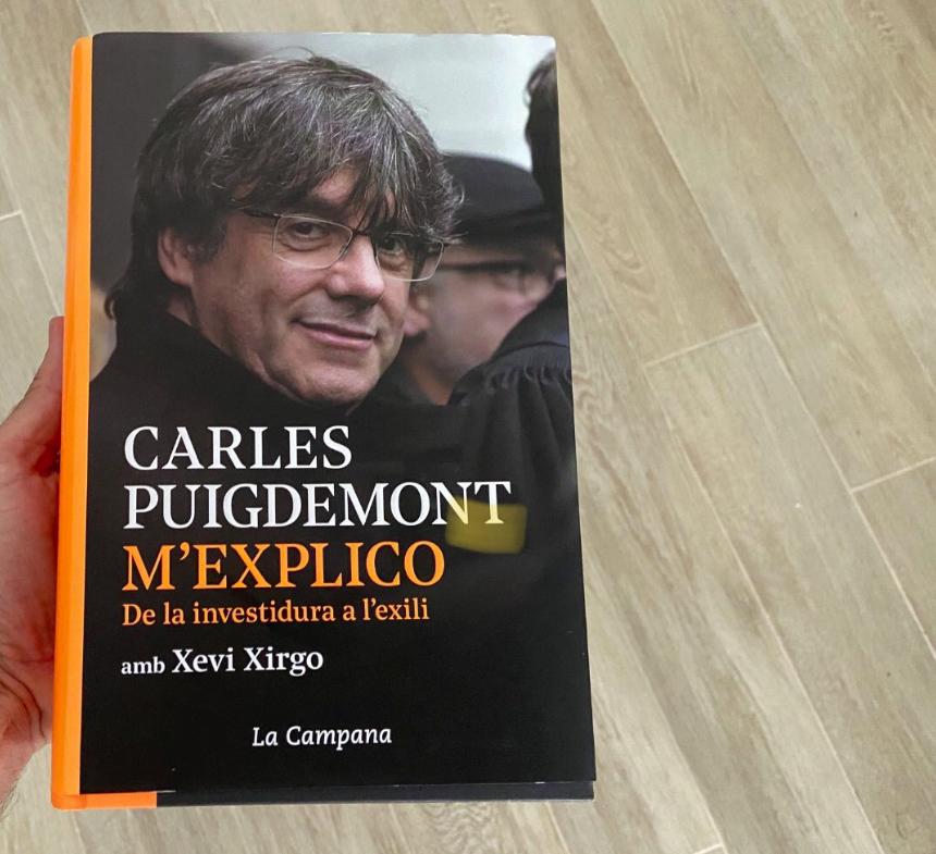 Portada del libro de Carles Puigdemont