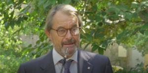 Artur Mas, en la roda de premsa d'aquest dilluns, als jardins del Pala