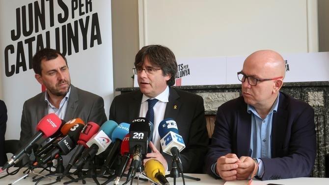 Toni Comín, Carles Puigdemont y el abogado Gonzalo Boye (imagen de archivo)