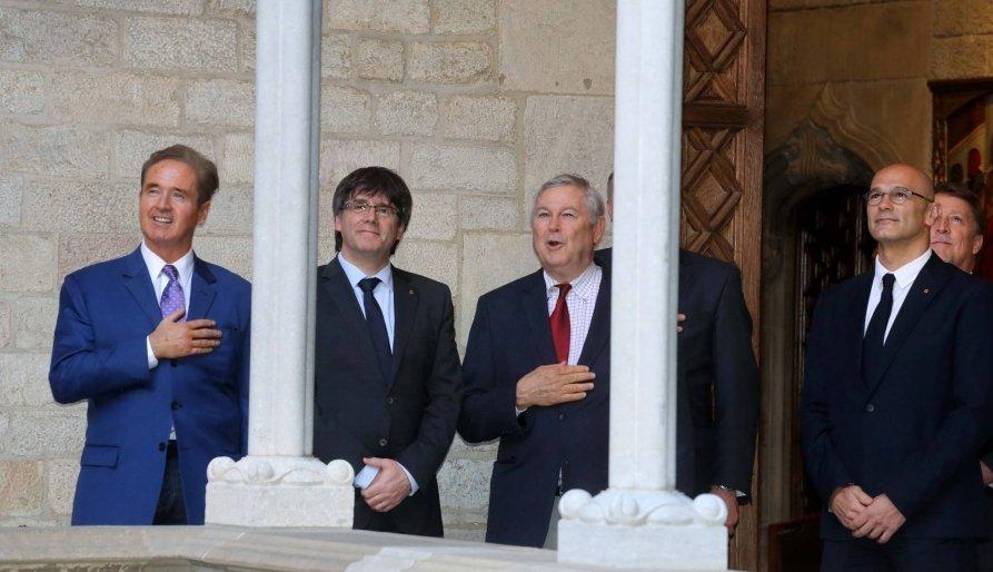 Carles Puigdemont y Dana Rorabacher en el Palacio de la...