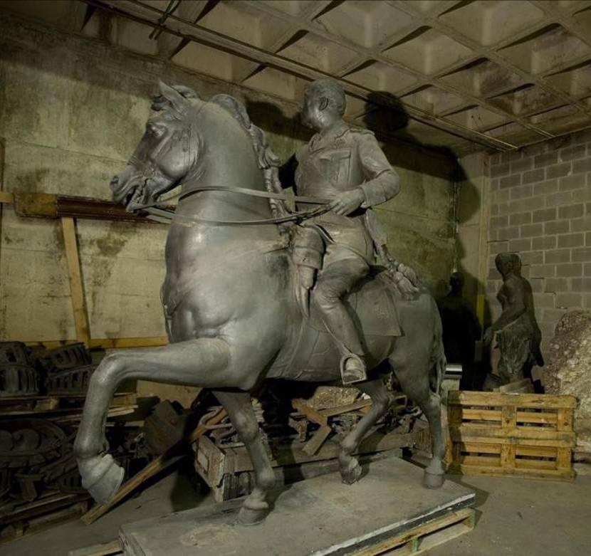 Estàtua de Franco