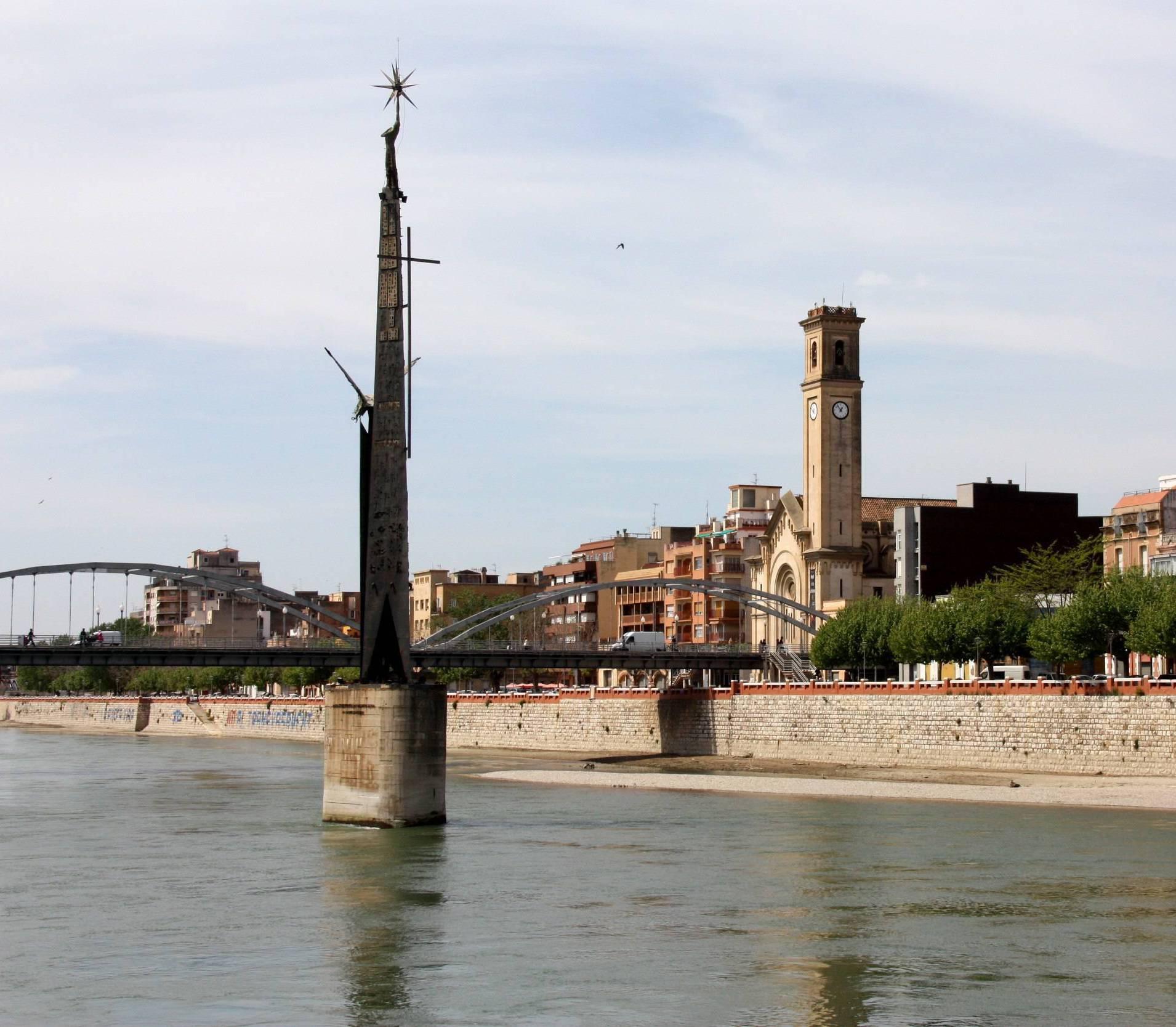 El monument de Tortosa que commemora la victòria franquista a la Batalla de l'Ebre