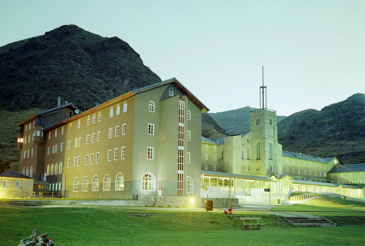El santuario-basílica de Núria tiene como cura custodi ud...