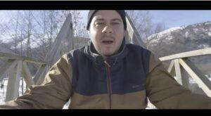 Hasél, en uno de sus videoclips