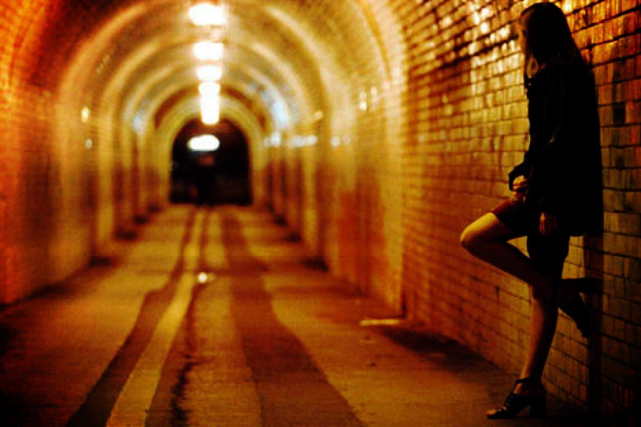 La prostitució, des dels clubs als carrers, mou a Espanya uns cinc mi
