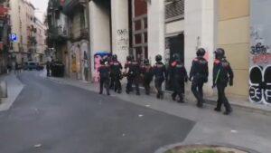 Macrooperación policial contra la droga en el barrio del Raval de Bar