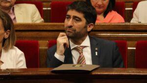 El ministro Jordi Puigneró, en una sesión plenaria del parlamento