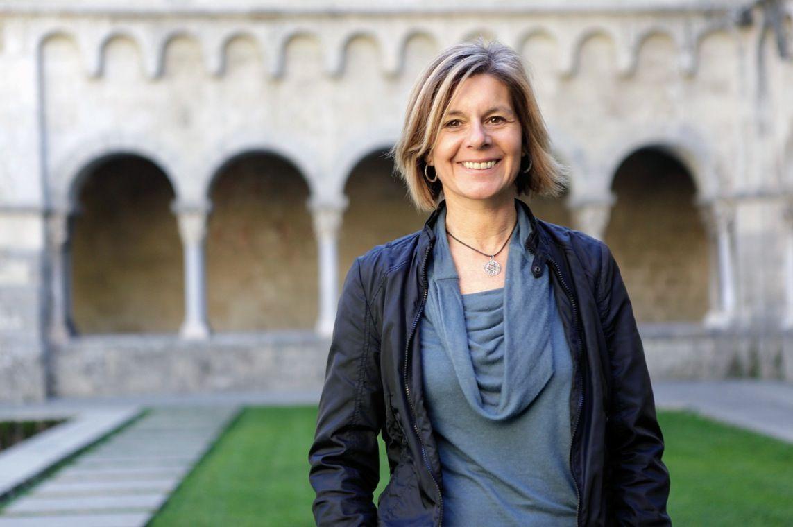 La alcaldesa Carmela Fortuny ha indignado toda la oposición por la manera tan burda que tiene de actuar.