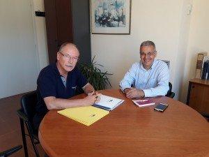 Joan Manuel Loureiro i l'alcalde de Palafrugell, Josep Piferrer (ERC),