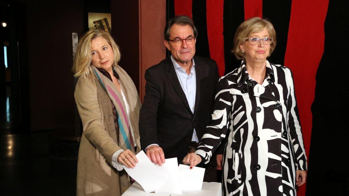 Artur Mas, Joana Ortega e Irene Rigau