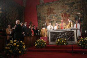 Missa a la capella del palau de la Generalitat amb presència del pres