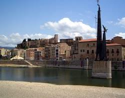 El monument franquista de Tortosa.