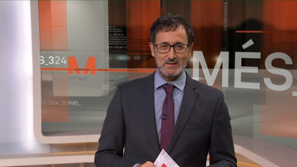 Xavier Graset presenta i dirigeix el programa Més 324 que emet cada n