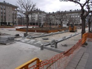 Obres de reurbanització de la plaça Joan Sansa