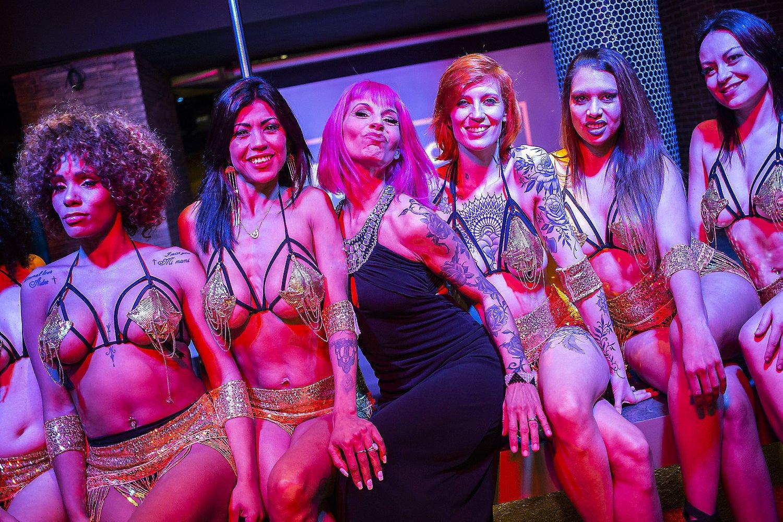 Chiqui Martín i les seves ballarines asseguren que fan erotisme i no
