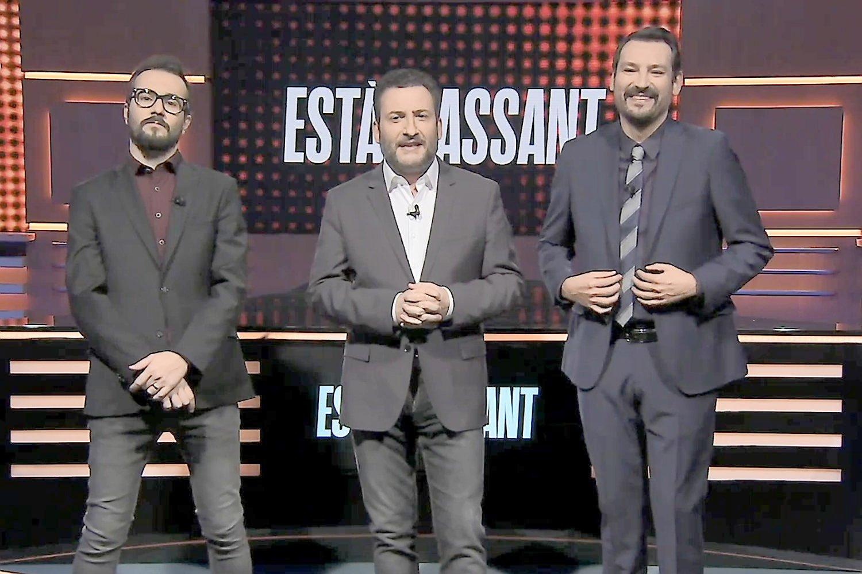 Jair Domínguez, Toni Soler i Òscar Andreu, presentadors inicials d''Està passant'