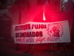 Acción de la Xarxa d'Habitatge d'Horta-Guinardó delante del domicilio de