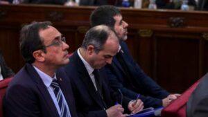 Josep Rull, Jordi Turuill i Jordi Sánchez, durant el judici de l'1-O