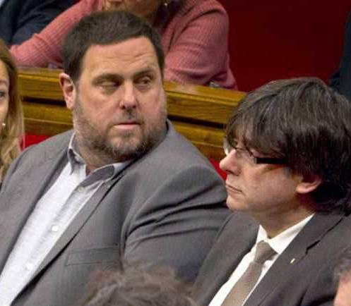 Junqueras i Puigdemont en un ple al Parlament.