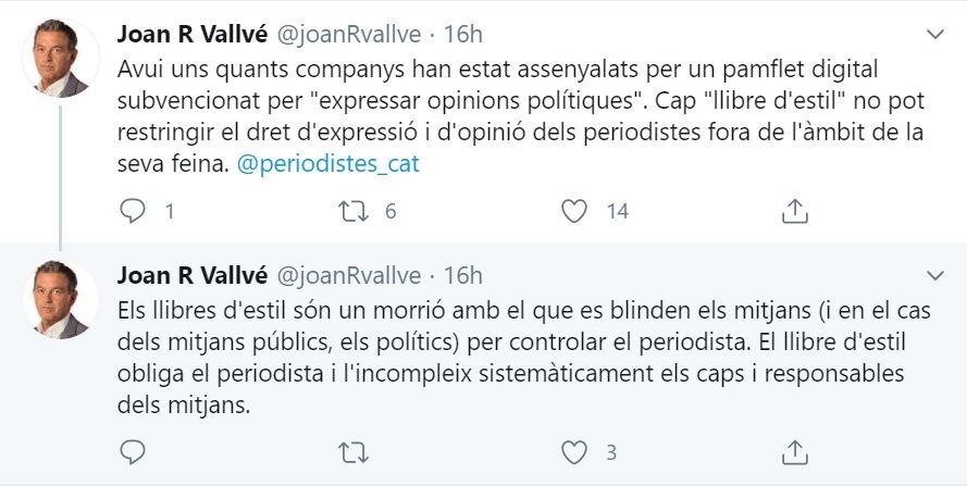 Mensajes de twitter en los que el periodista de TV3 Joan R Vallvé critica el Libro de Se