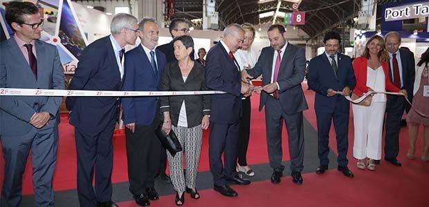 El Ministro de Fomento, José Luis Ábalos, inaugurando el SIL 2019