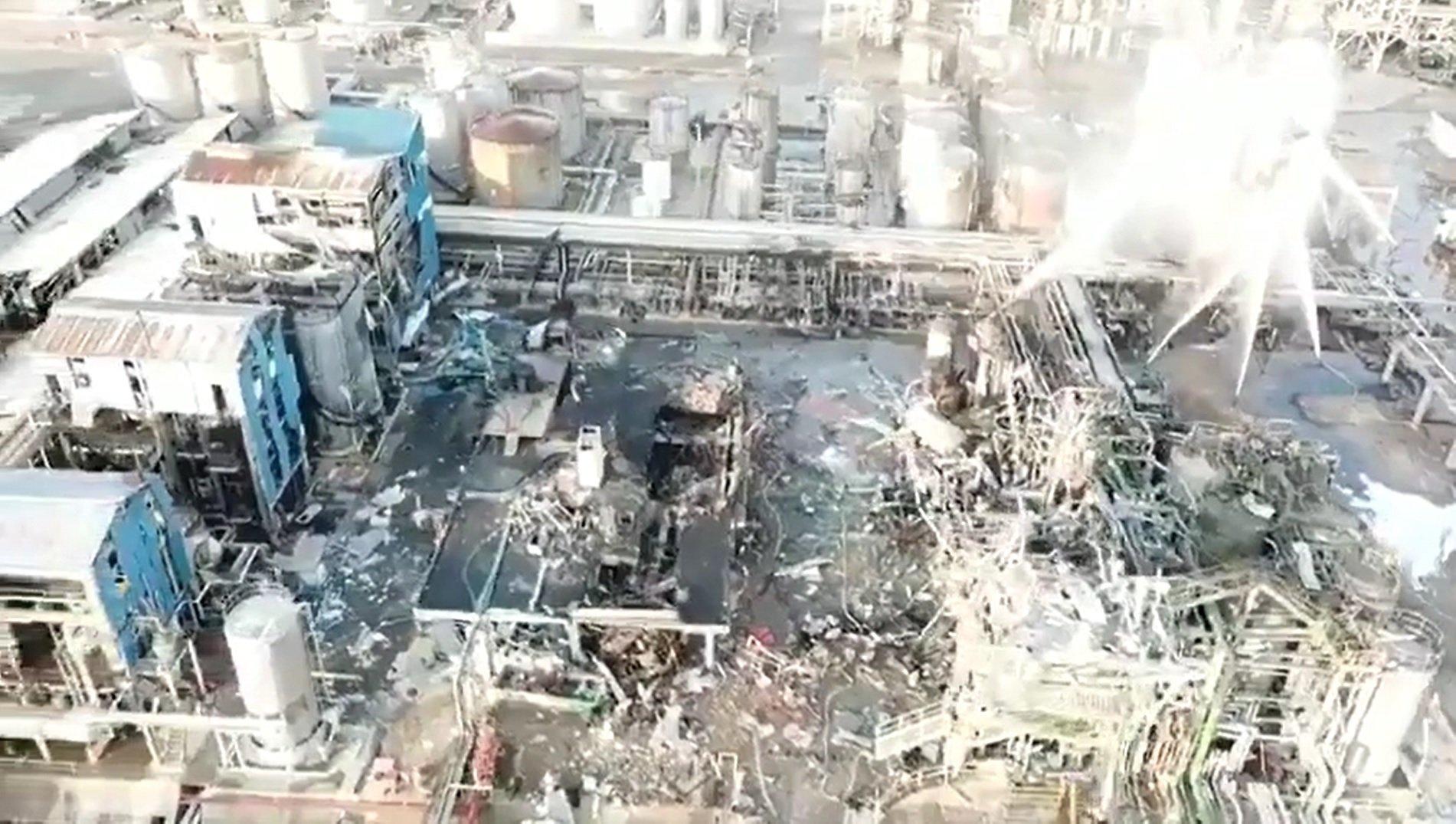 Imágenes aéreas de la explosión de la química de Tarragona