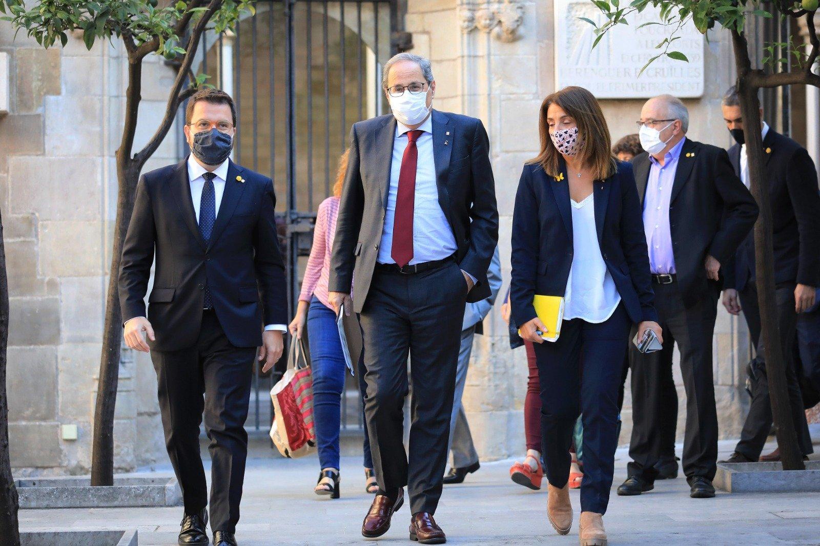 Quim Torra, acompañado por el vicepresidente Pere Aragonés y la consejera Meritxell Budó