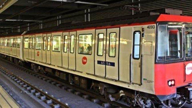 Un convoy del metro de Barcelona