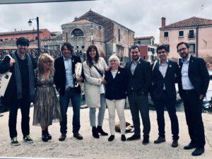 Càrrecs i dirigents de JxCat a Venècia. La directora de l'Institut R