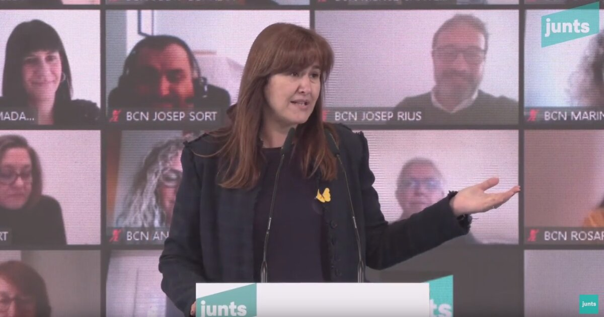 Laura Borràs y, en el fondo, Josep Sort