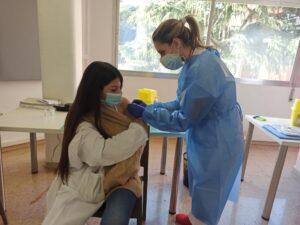 Vacunación en el Hospital Josep Trueta de Girona.