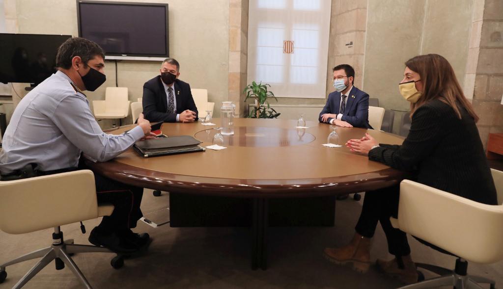 Reunión del mayor Trapero con el gobierno catalán