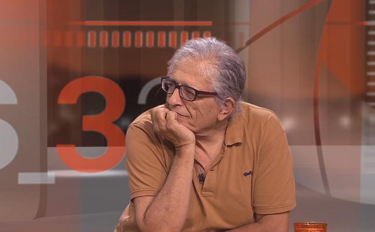 Cotarelo, el 2017, presentant un llibre al programa de Graset