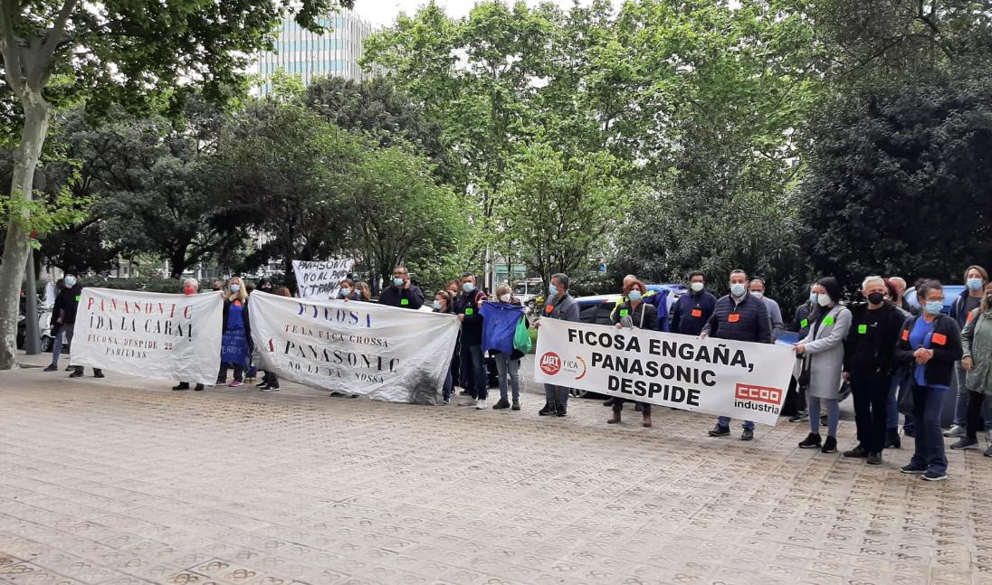 Protesta contra un ERO del grup Ficosa