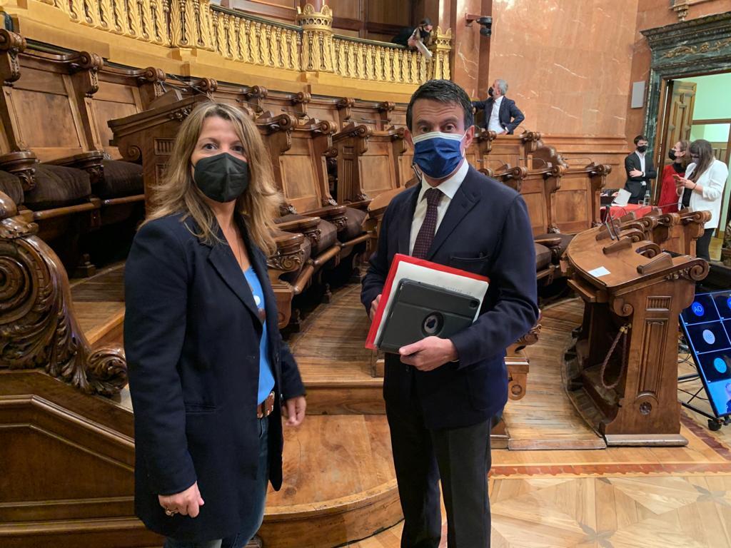 Eva Parera y Manuel Valls