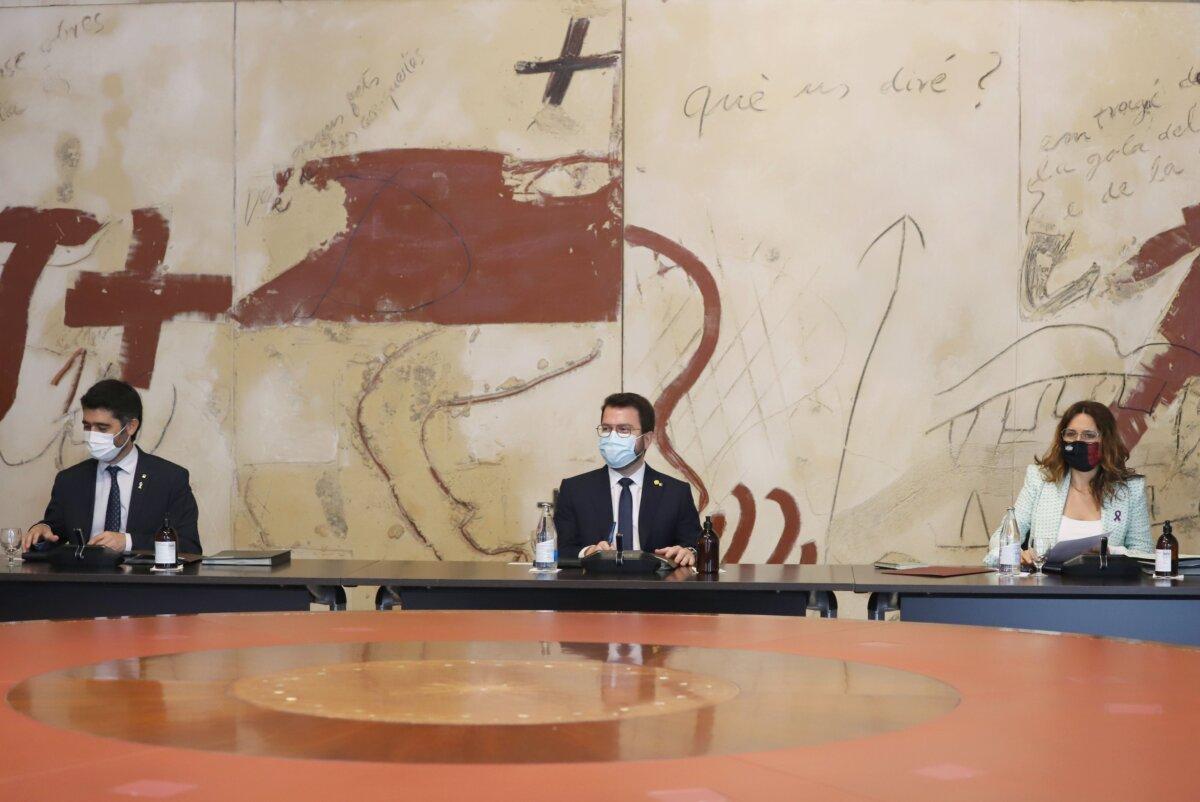 Pere Aragonès, presidiendo la primera reunión ordinaria del nuevo gobierno de la Generalitat