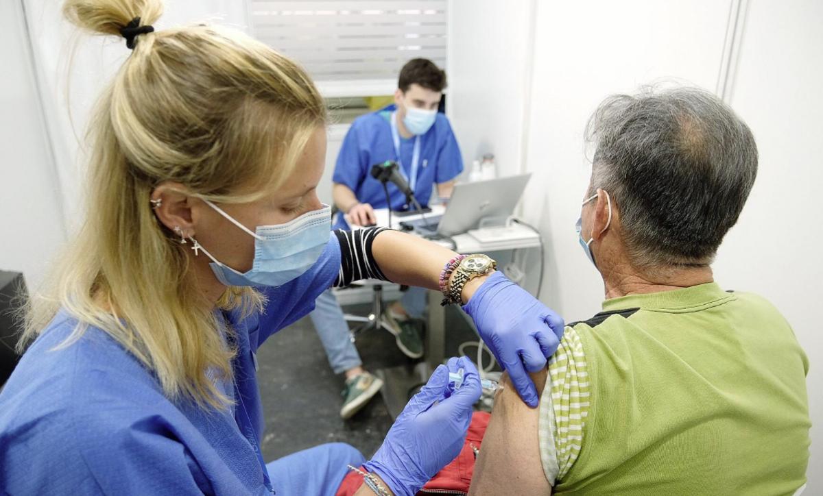 Imagen de la campaña de vacunación contra la covid-19