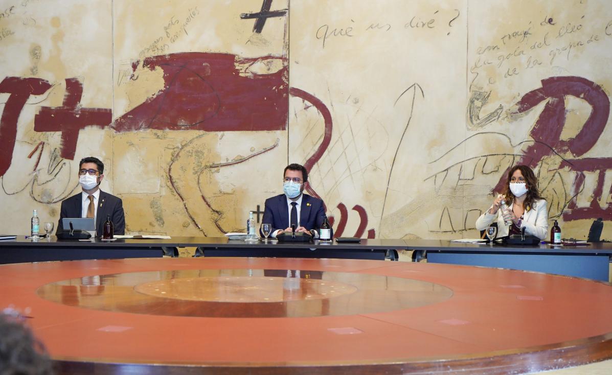 Aragonès, a la darrera reunió del govern
